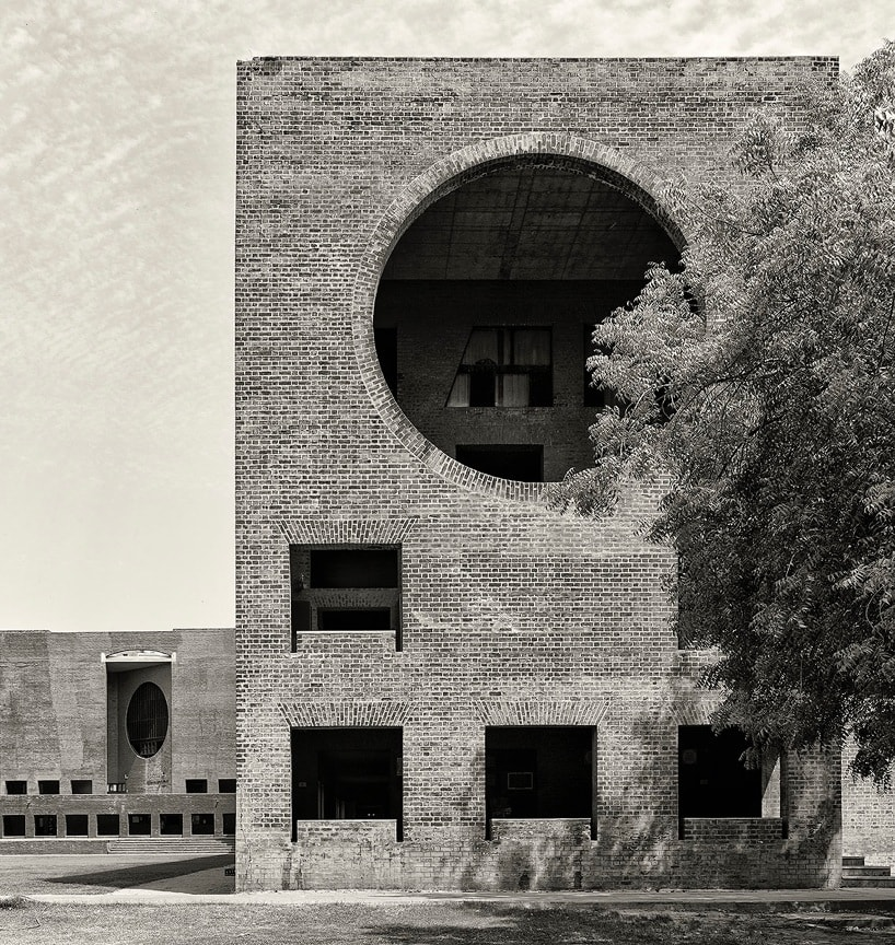 Louis kahn bibliotecas and cruces on pinterest for Louis i khan