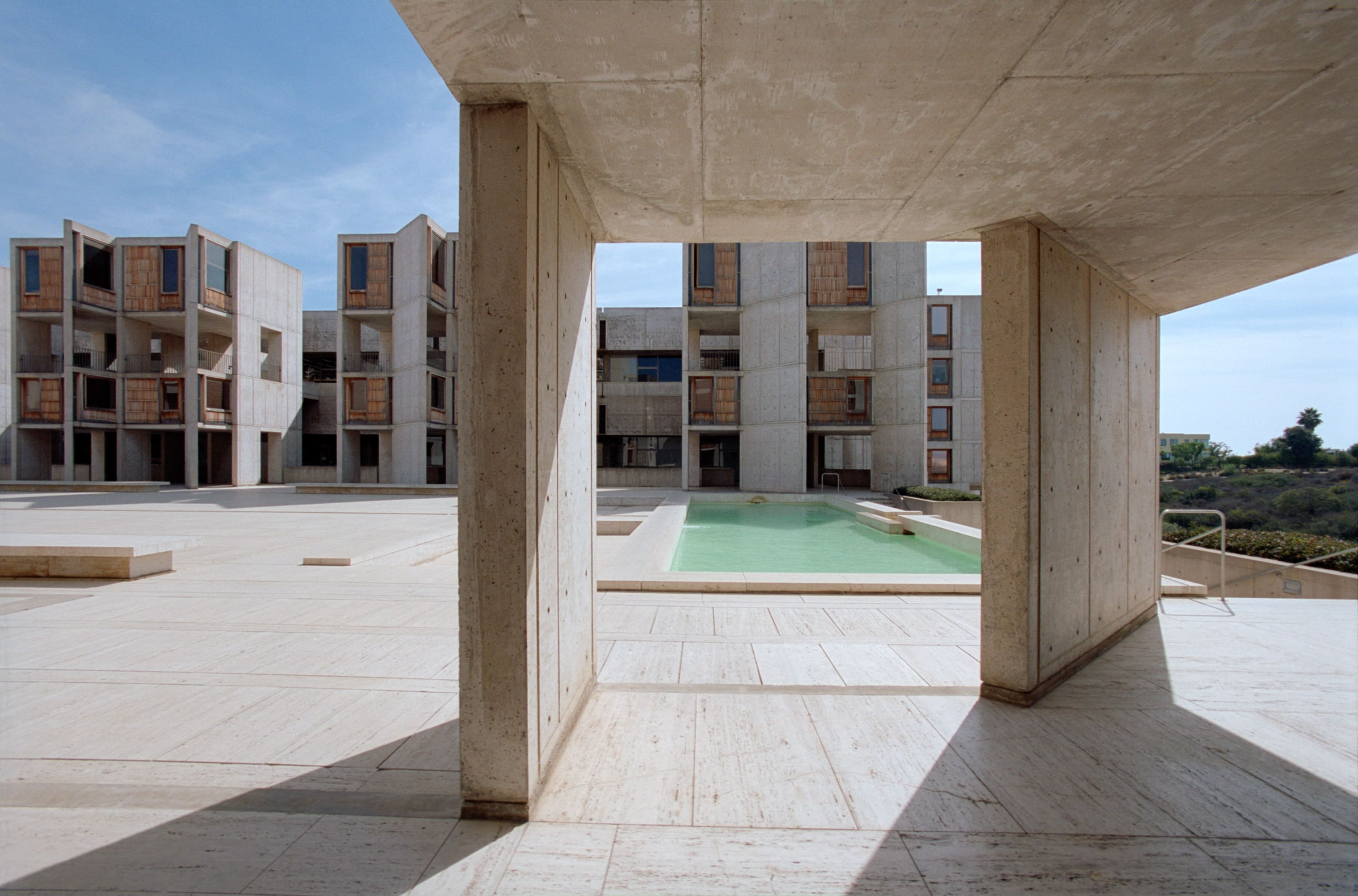 a study on the salk institute by louis i kahn In 1962 louis kahn began construction on one of the most iconic buildings of the twentieth century the salk institute for biological studies was.